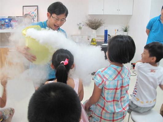 周末带熊孩子做疯狂科学实验