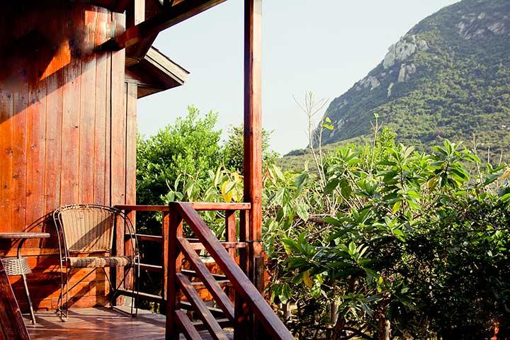 有悬崖餐厅&海边木屋